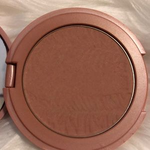 "Tarte Amazonian clay 12 hour blush shade ""risqué"""